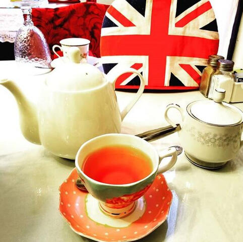 Eating British in America | Colleen Sehy